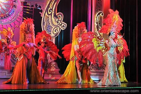 Alcazar show mang đến không gian văn hóa đặc trưng của Thái Lan